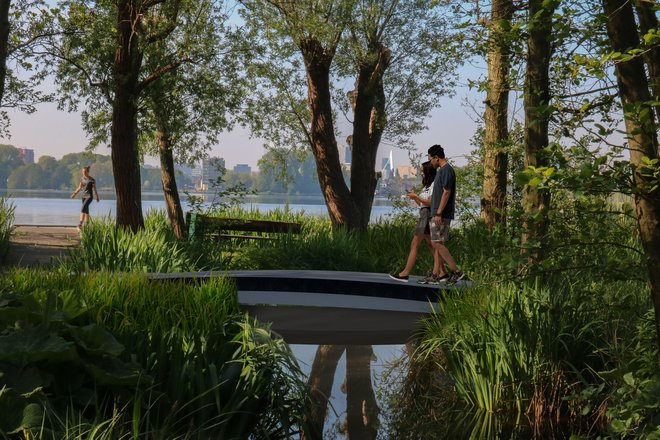 Rotterdam paves way for circular composites with world's first 3D printed FRP footbridge