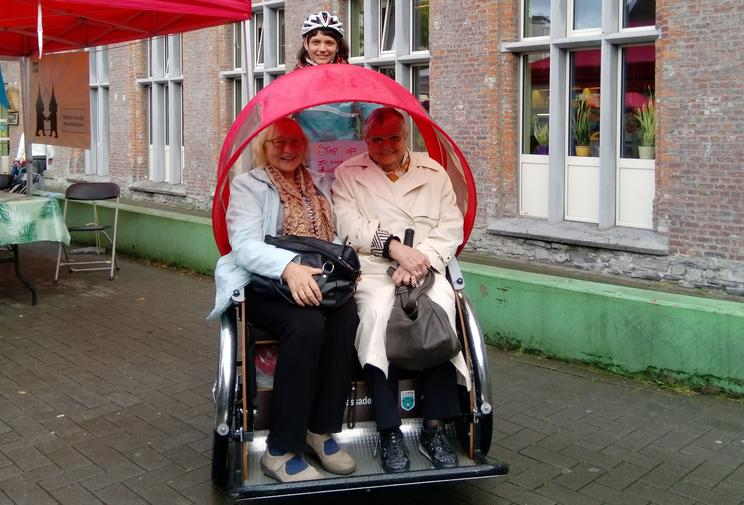 Bicycle taxi service for Ghent seniors