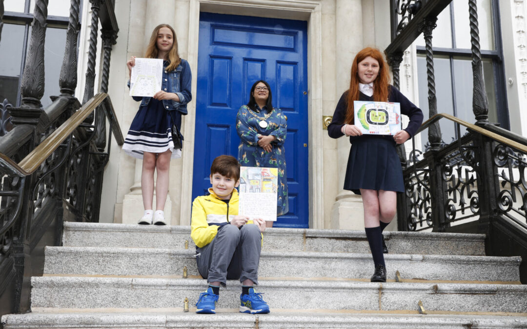 """Lord Mayor Chu presented the winners of """"My Vision for Dublin"""" competition"""