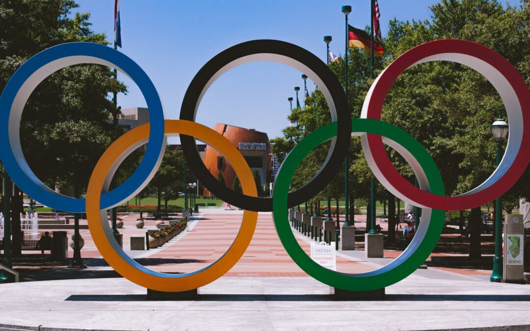 """Mayor Hidalgo: """"The Olympic flag will make a tour of France"""""""