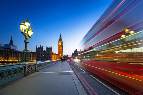 """Mayor Khan: """"All new London buses will be zero-emission"""""""